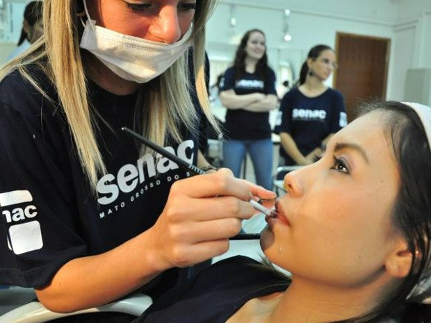 curso de maquiagem senac