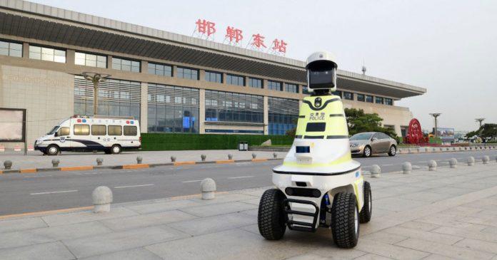 China Robô-policial de trânsito