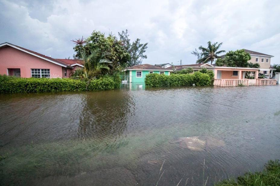 Bahamas inundada por conta do furacão Dorian