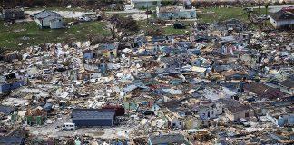 Destruição do furacão Dorian sobre as Bahamas