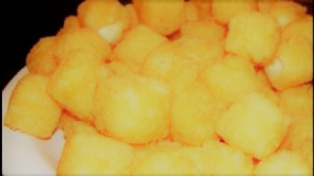 Cubos de Peito de Frango Empanado